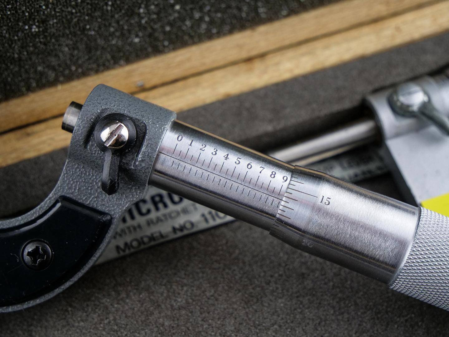 A micrometer engraved